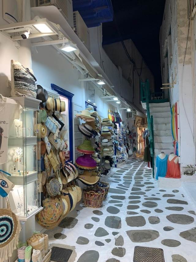(For Sale) Commercial Retail Shop || Cyclades/Mykonos - 50 Sq.m, 900.000€